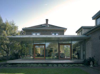 Isolatieglas draagt dak van uitbreiding - Uitbreiding huis glas ...