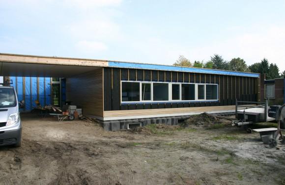 Extra isolatie compenseert vorm en ligging - Bungalow ontwerp hout ...