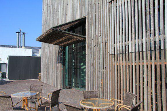 Oude damwand in de gevel - Latwerk houten ...
