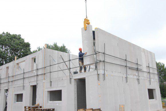 61 woningen in Ulft, systematisch gebouwd met cellenbeton conform de principes van het Passiefhuis. Bouw: Bouwbedrijf Klomps, Dinxperlo.