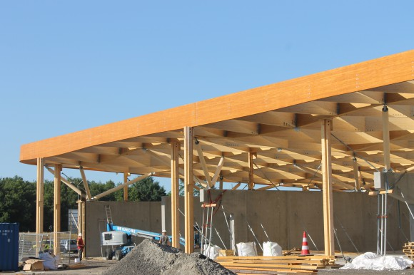 Houten dak voor zoutloods