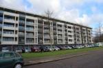 Een Y-vormige flat met 144 wooneenheden aan Heiligharn in Den Helder is ingrijpend gerenoveerd.