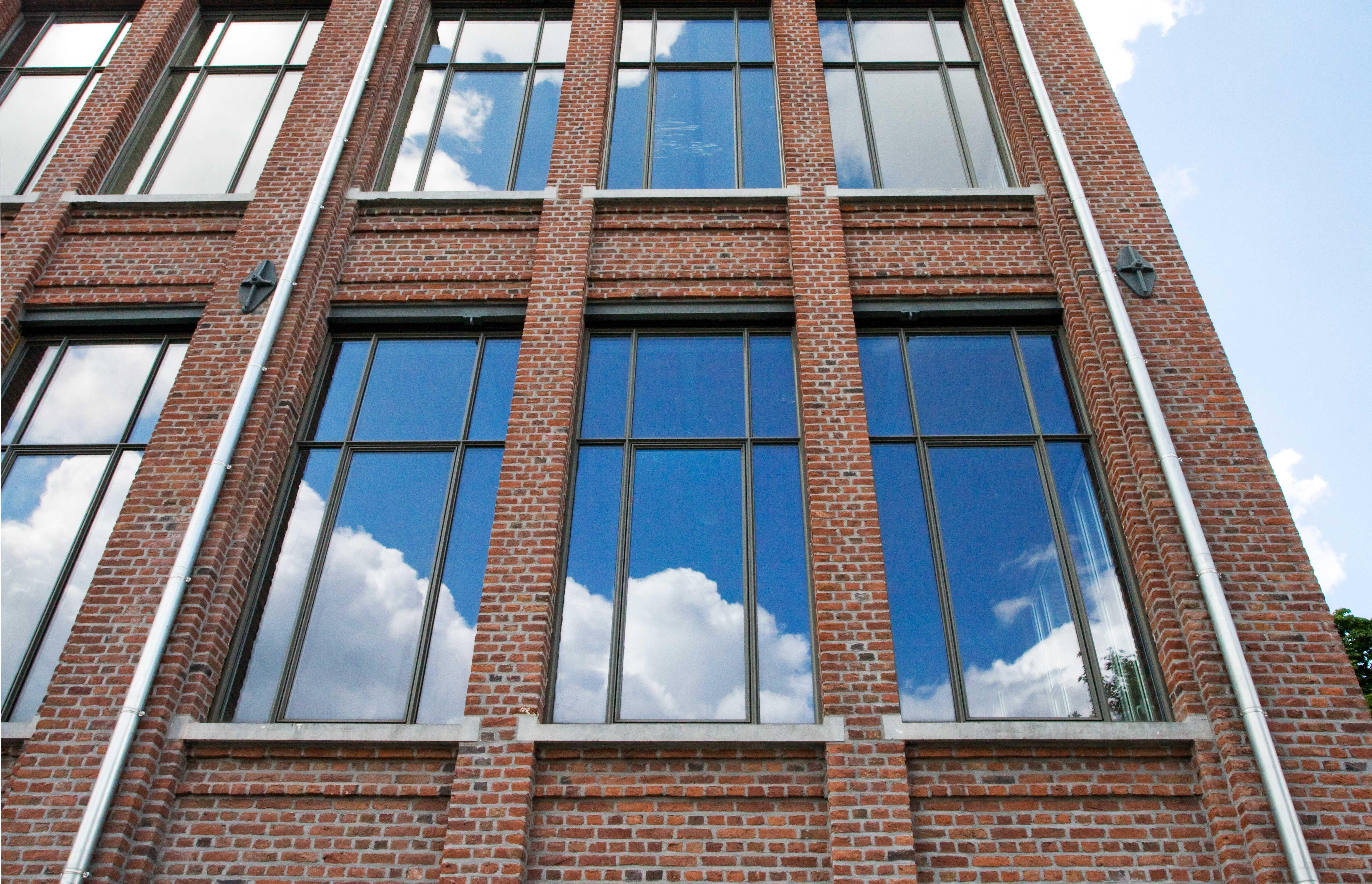 Slanke aluminium profielen voor renovaties