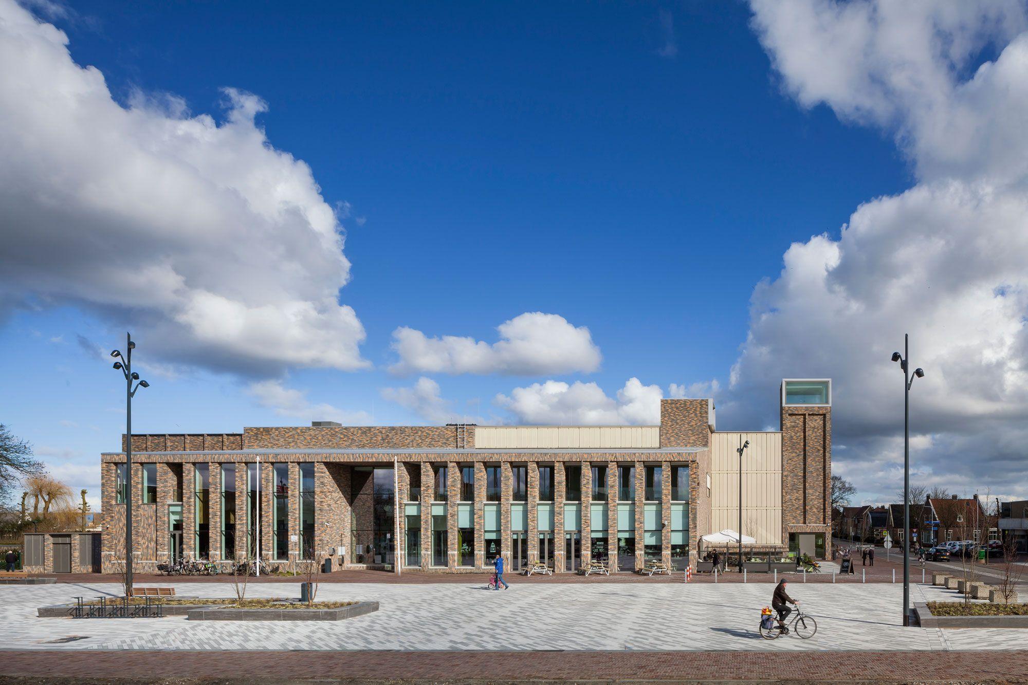 nieuwe gemeentehuis bovenkarspel1