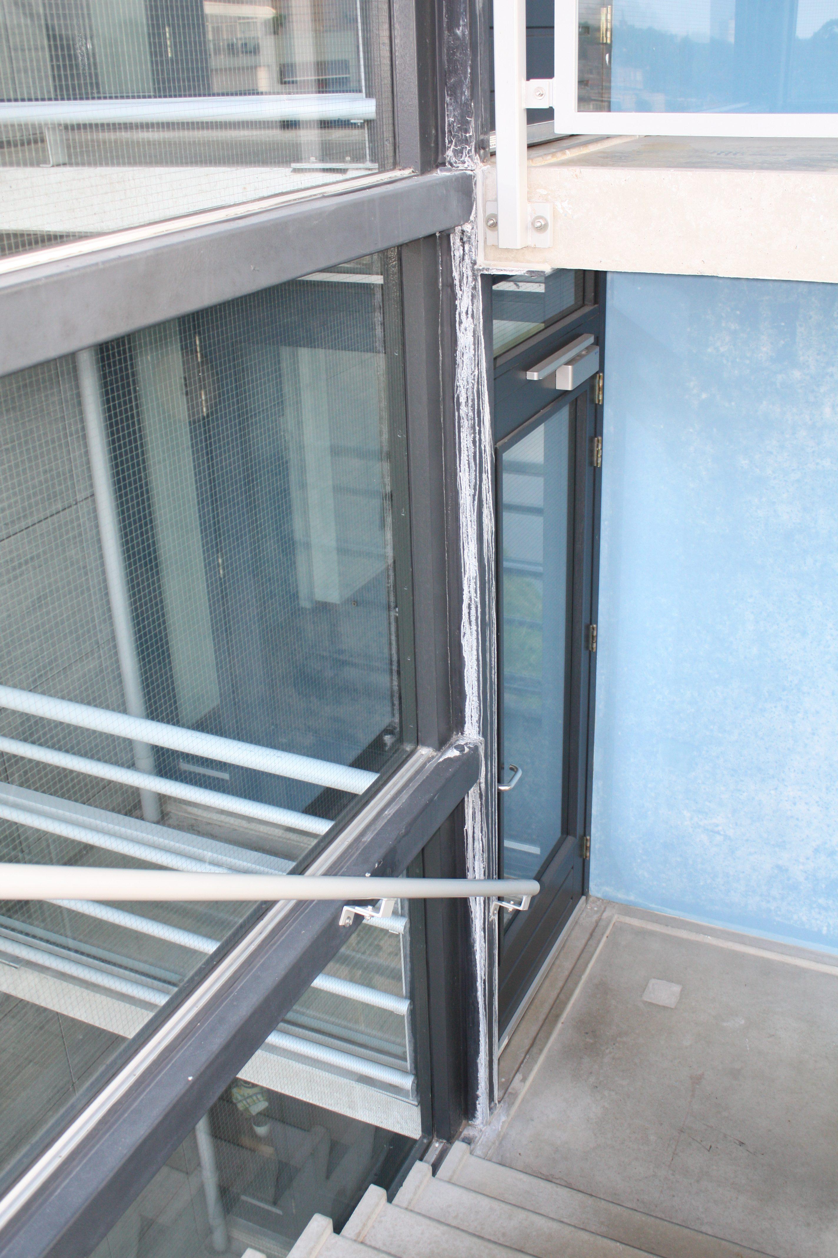 Corrosie trappenhuis » bouwwereld.nl