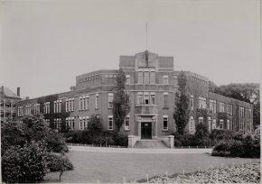 Oude aanzien van het Laboratorium voor Gezondheidsleer, voor de uitbreiding van 1950. (Foto: IDEA)