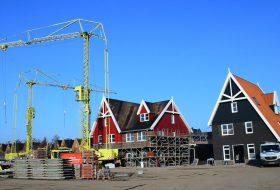 Nautisch Eiland in Vathorst Amersfoort telt 22 woningen geïnspireerd op de traditionele huizen in de Zaanstreek