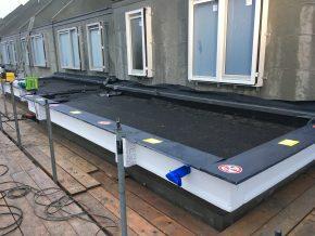 Met het Bouwdeck element is het dak van de uitbouw direct dicht