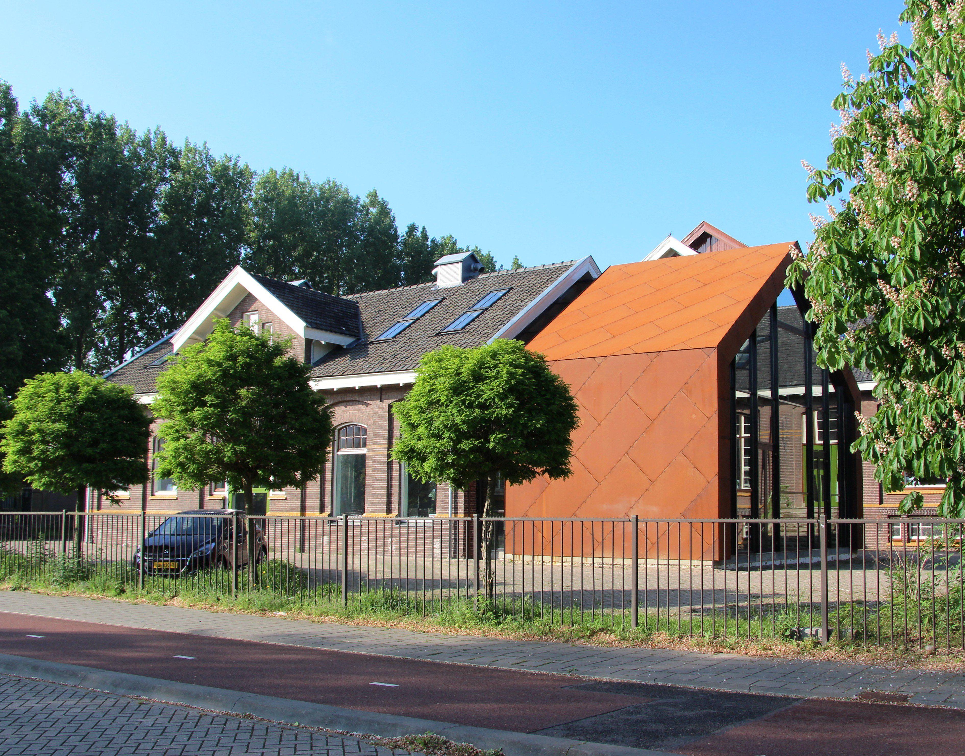 Gasfabriek Deventer, Metergebouw, Cortenstaal