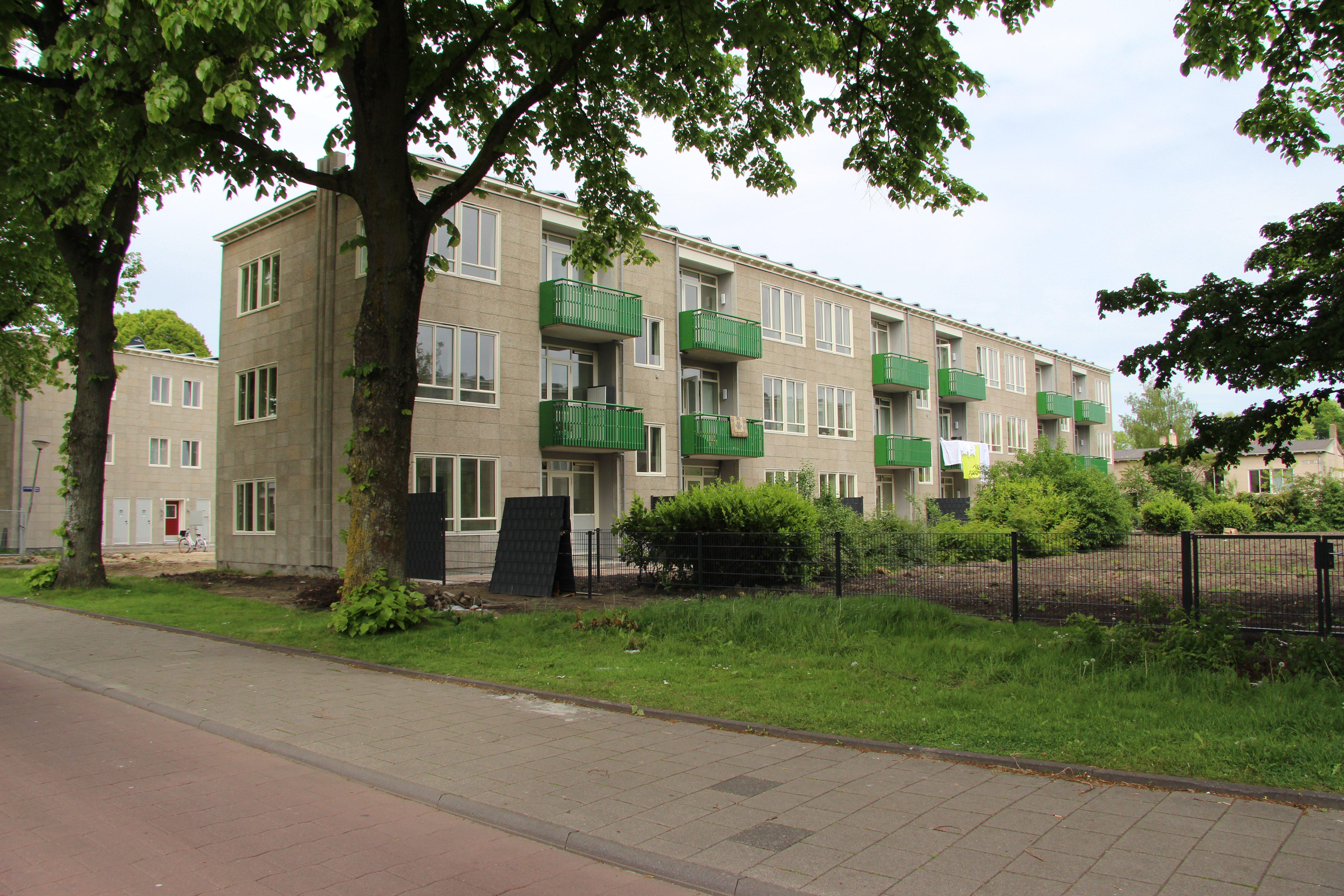 Airey-woningen, balkons, reinigen