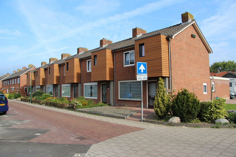 Prefab badkamer verdubbelt ruimte douchecel » Bouwwereld.nl
