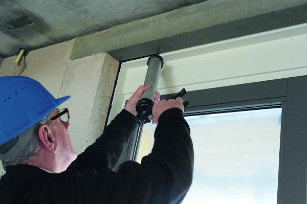 Luchtdicht bouwen met vloeibaar rubber » bouwwereld.nl