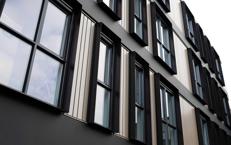 binnen 5 maanden 110 woningen opgeleverd in amsterdam. Black Bedroom Furniture Sets. Home Design Ideas