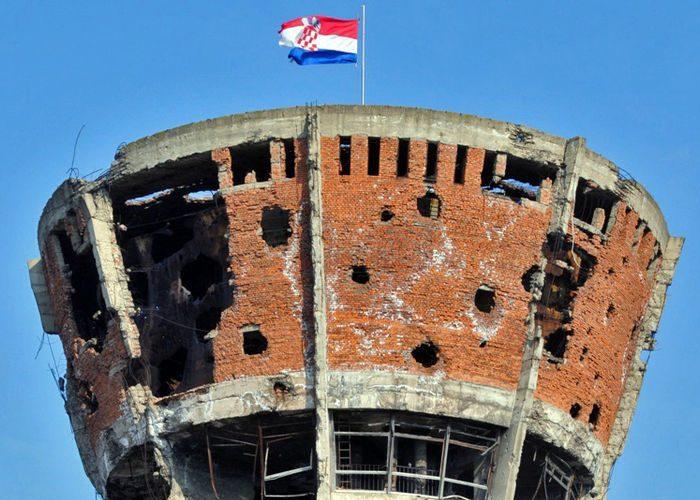 wapeningsstaal, Primer, roest, wapening, herstel, watertoren vukovar, kroatie
