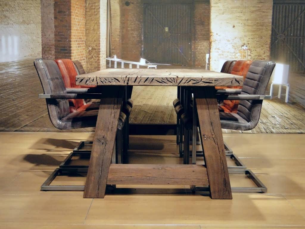 Extreem Eten aan een stoere tafel » Bouwwereld.nl #QV16