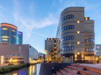 prefab betonelementen, postsorteercentrum, Jan van Foreeststraat, houten trappen, steenstrips