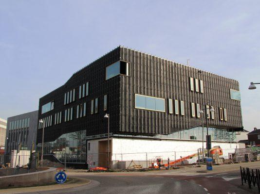 Cultuurgebouw Zinder. Foto: Henk Wind