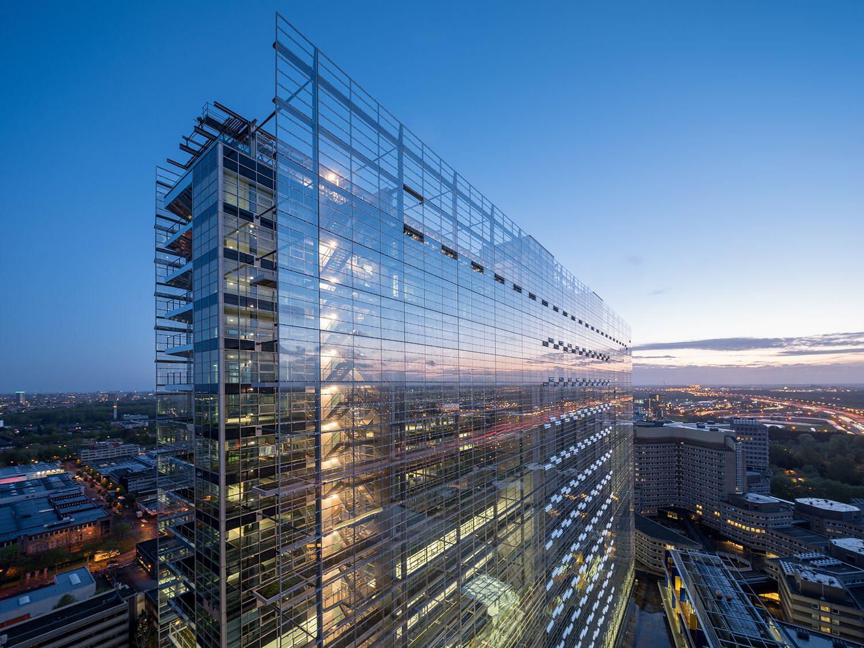 Exterieur EPO gebouwEPO in hoge ultradunne glazen schijf