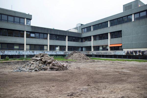 De binnenplaats van het Winterthur pand uit 1972, op deze plek is nu het atrium.