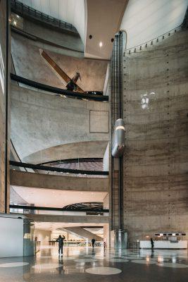UNStudio verzorgde het ontwerp van het Mercedes Benz Museum in Stuttgart, geopend in 2006. (Foto: Eva Bloem)