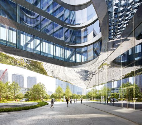 Raffles City Hangzhou in China is een 'sustainable urban hub' voor wonen, werken en recreëren. (Foto's: Hufton + Crow)