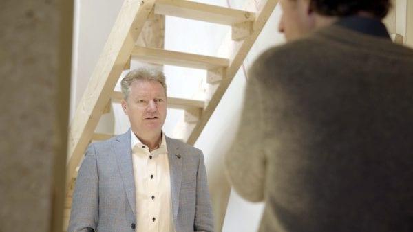 Manfred van Kammen adviseerde Matthijs Bourdrez om voor PAVATAX houtvezelisolatie te gaan.