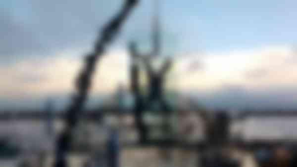 De montage van de ruiten was zenuwslopend, ondanks het weidse uitzicht. Foto: ABT